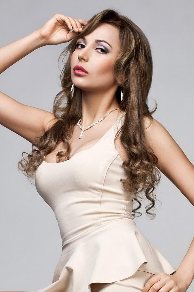 Russian escort girls delhi